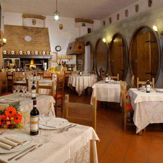 Ristorante • Fattoria degli Usignoli • Toscana